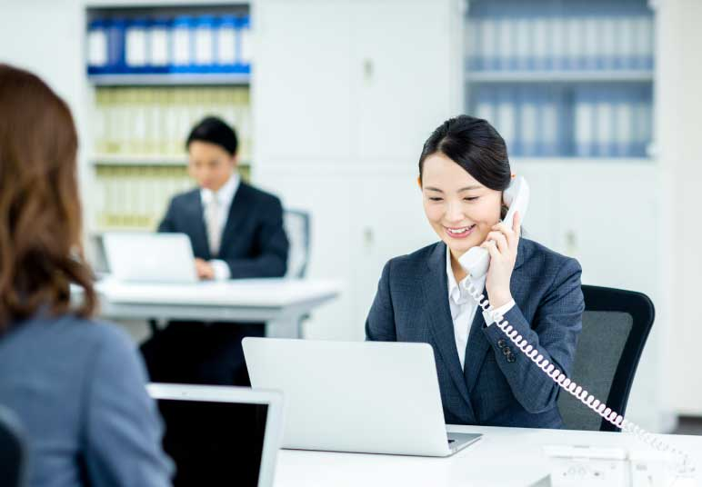 担当スタッフからの開始直前のお電話
